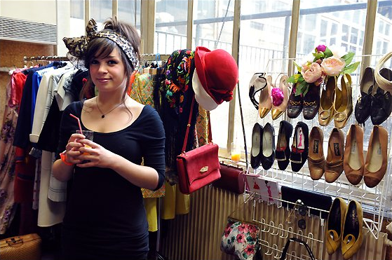 If You Re In Paris This Weekend And You Love Vintage Messy Nessy Chic