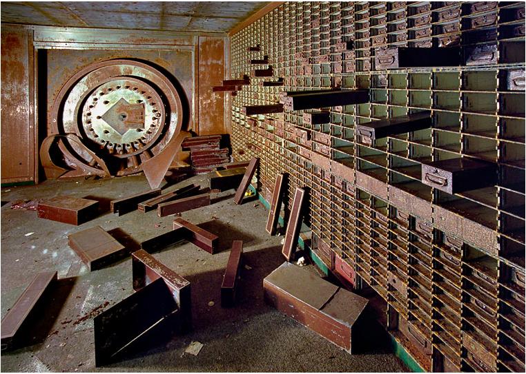 Человечество веками пытается сбросить ЦБ – ярмо финансового кагала